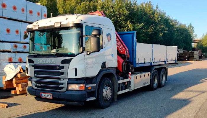 Scania_P_440